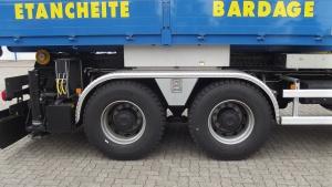 Tiroir entre essieux conçu pour le transport d'élingues
